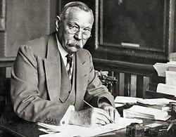Writer Sir Arthur Conan Doyle