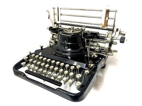 Antique 1929 HAMMOND VARITYPER TYPEWRITER with Case