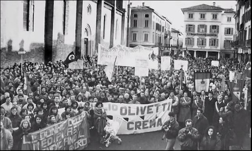 Olivetti Everest Crema Italy Protests