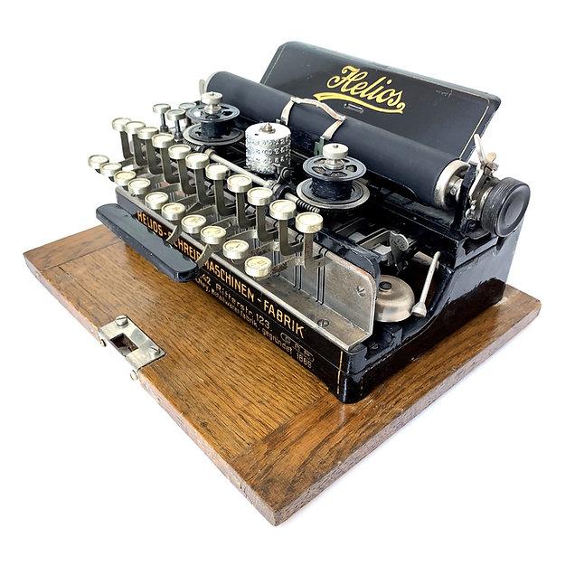 Helios Typewriter