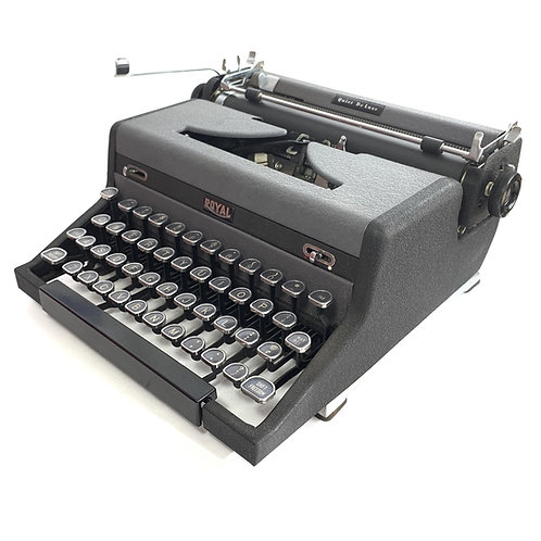 Restored Royal Quiet de Luxe Portable Typewriter, Dry