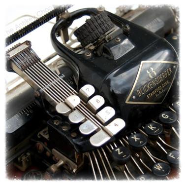 Blickensderfer No.8 Typewriter from AntikeyChop.com