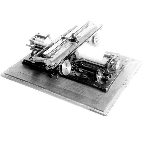 Wagner Schneider Typewriter