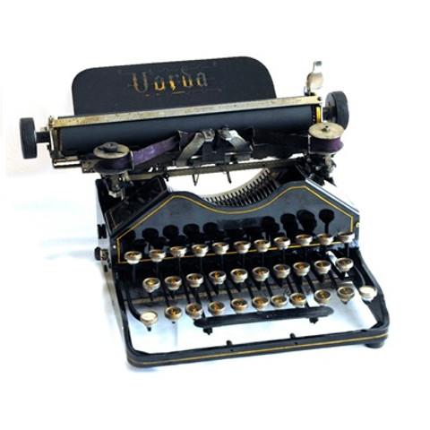 Uarda Typewriter