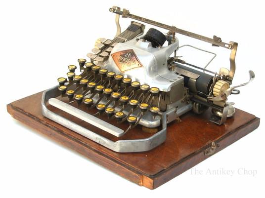 Blickensderfer No.8 Typewriter Aluminum