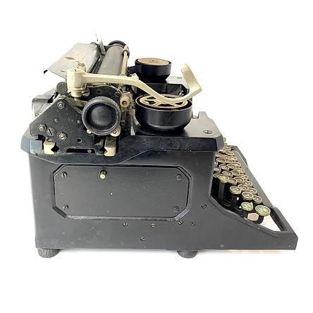 Annell Typewriter