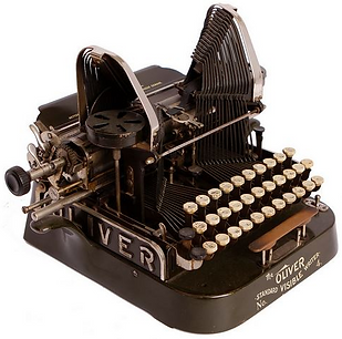 Oliver No.4 Typewriter