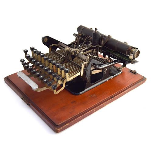Moya Visible Typewriter