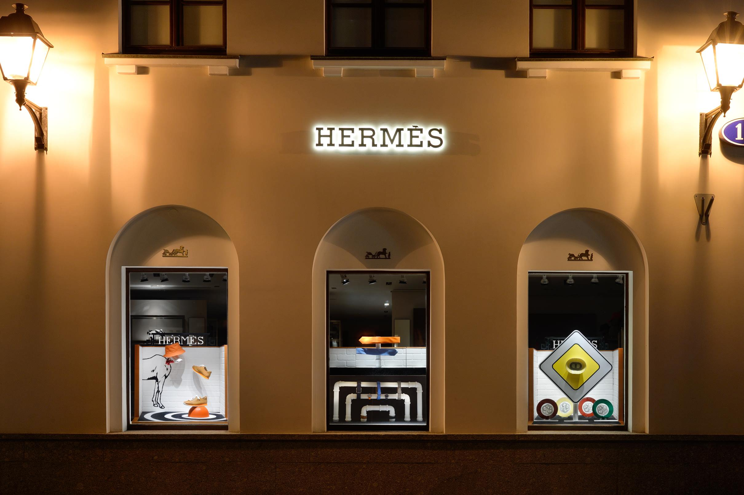 витрины для Hermes