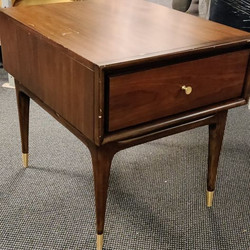 #476 Large End Table $75 each
