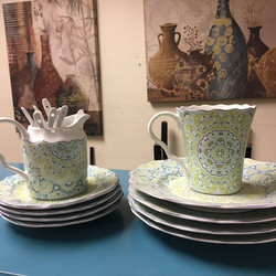 #1266 Set of Dishes $15