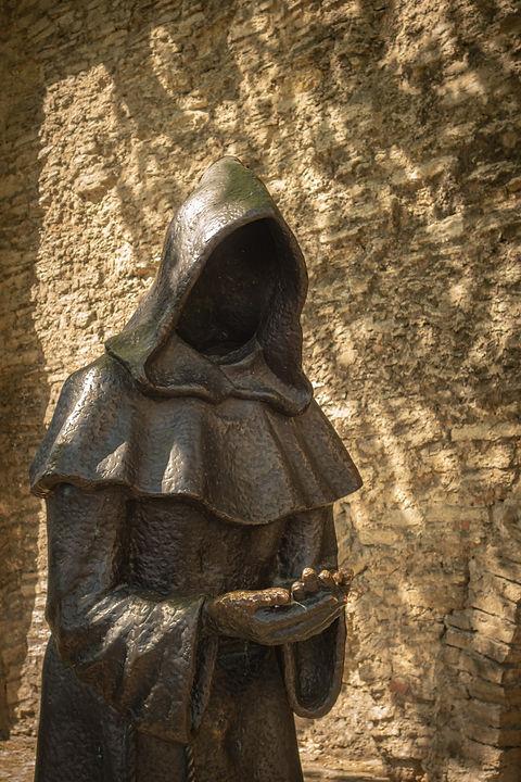 monkstatue.jpg