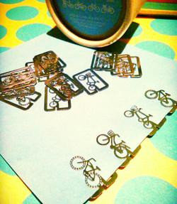 自転車モチーフの雑貨を展開しております♪