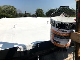 ORIPLAST REFLECX: The Benefits of White Roofing Membrane