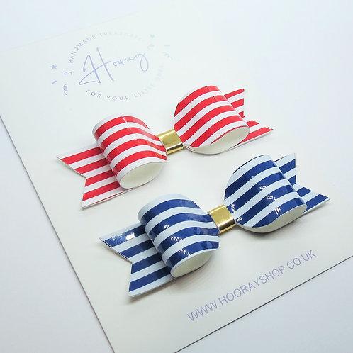 Striped Bow Set