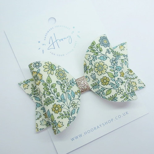 handmade teal hair bow front view