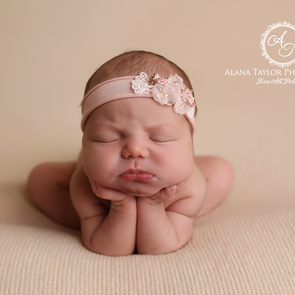 Melbourne Newborn Photographer - Baby Sienna