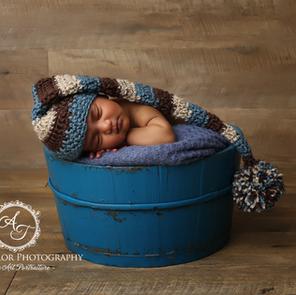 Newborn Photographer - Leo