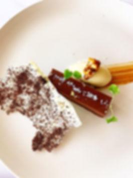 C Restaurant, dessert, cake