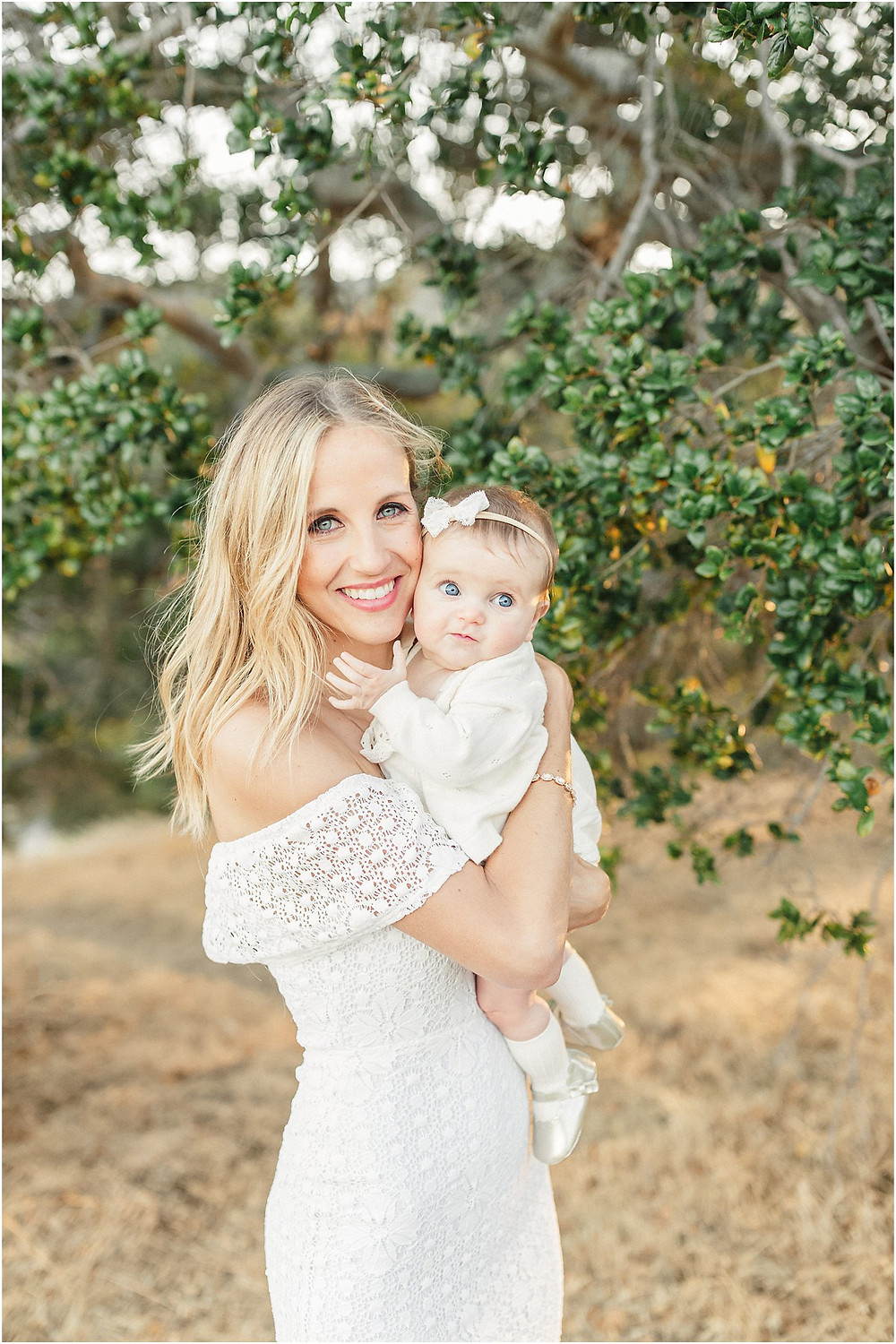 California rolling hills 6 month baby session by San Francisco Bay Area fine art lifestyle family photographer Torrey Fox. Mom family portrait style what to wear to my photo session white bright and airy fashion