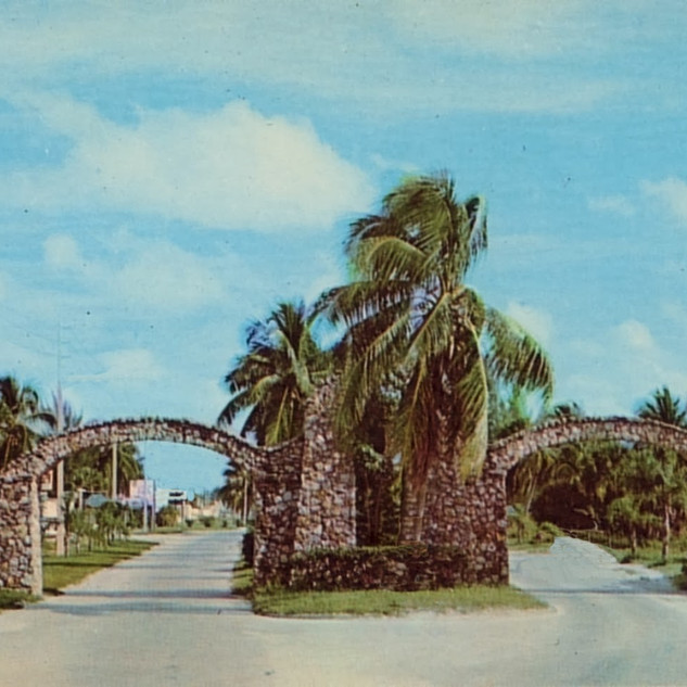 12 Olden Post Arches pic.jpg