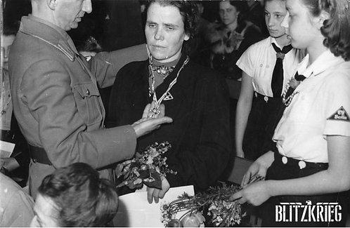 Medalha Cruz Alemã Ouro (Ehrenzeichen der Deutschen Mutter)