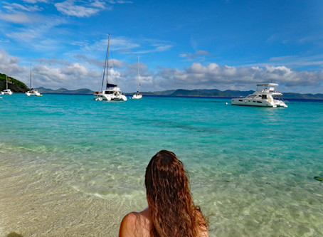 World Famous Beach Bar and New Year's Celebration - Jost Van Dyke