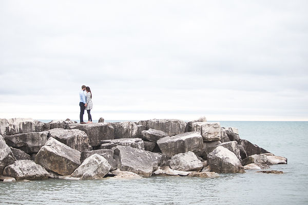 桟橋の上にキス