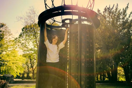 Girl-in_park5