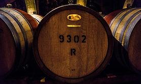 Barils de vin à Chablis