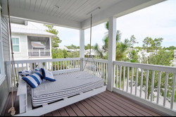 private balcony with Bed Swing