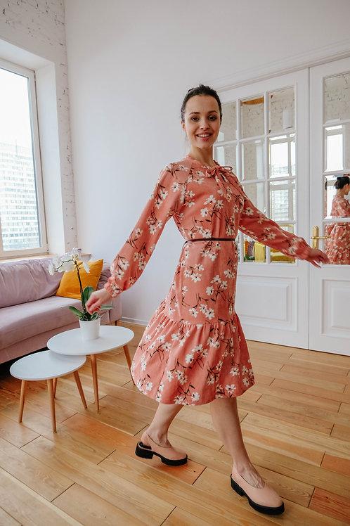 Платье из вельвета.