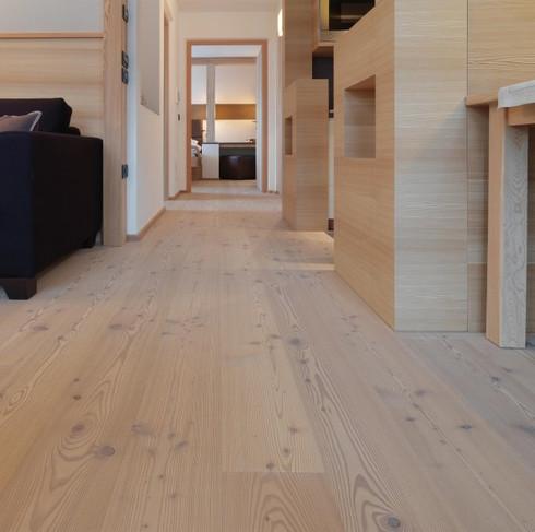 Floor-Art Alpin Lärche alt Basic weiss geölt