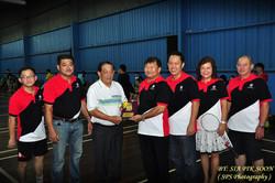 主辦並派隊第十三屆民都魯姓氏公會(拿督林光美挑戰杯)2015 羽球錦標賽
