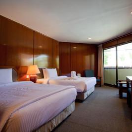 LLIR Room 2.jpg
