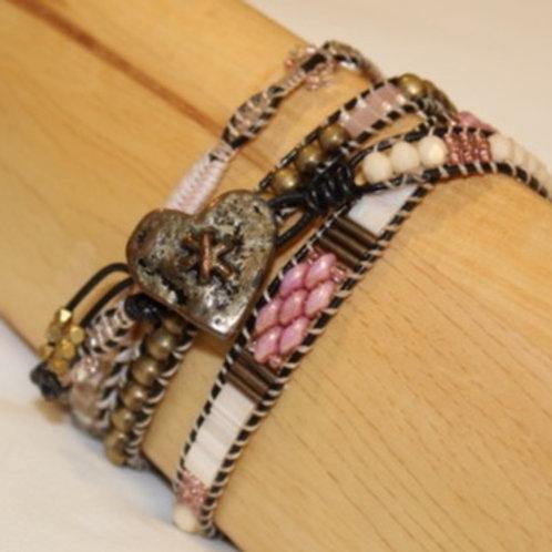 Beaded wrapped bracelet. Pink Tones