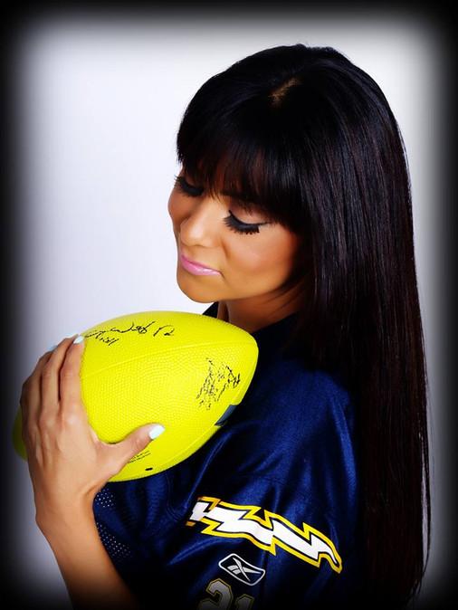 Valerie Salas - Make-Up & Hair - Boudoir