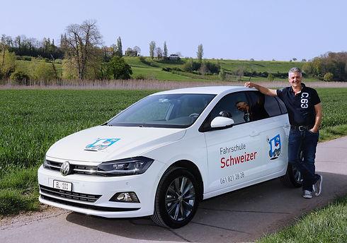 Fahrschule_Schweizer Fahrlehrer Marcel S