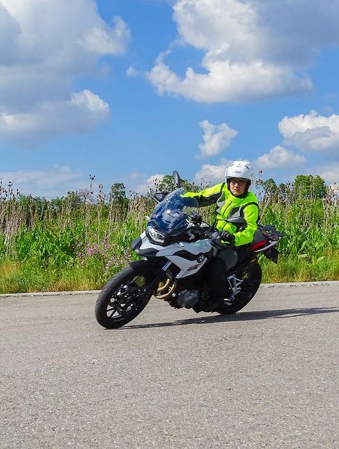 Motorrad Fahrstunden Basel Fahrschule Sc