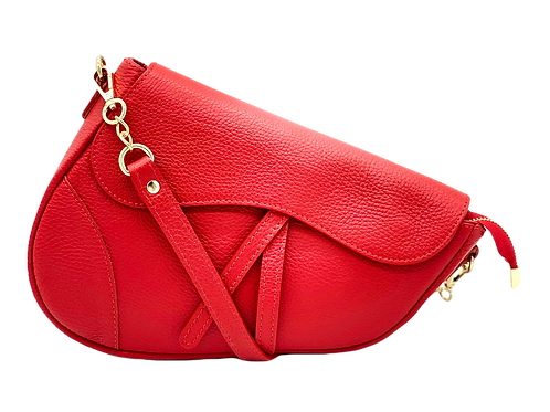 Assymetric red leather bag in red front