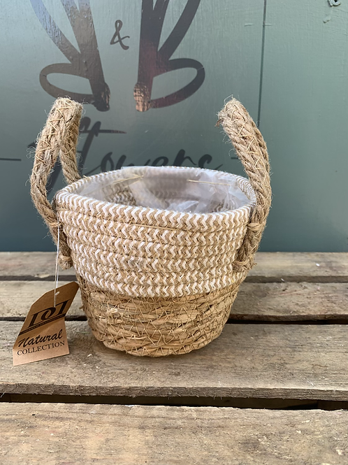 Small Basket Pot