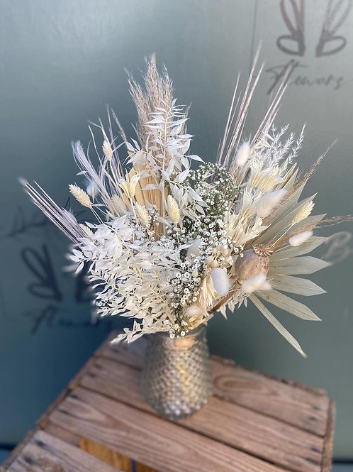 Dried flowers in Glass Vase - Multiple colour options