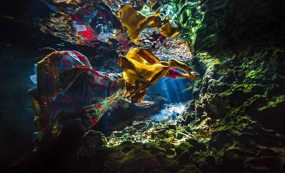Underwater wedding photography mexico