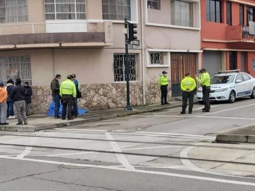 CUENCA:  ENCUENTRAN CIUDADANO MUERTO EN LA VEREDA