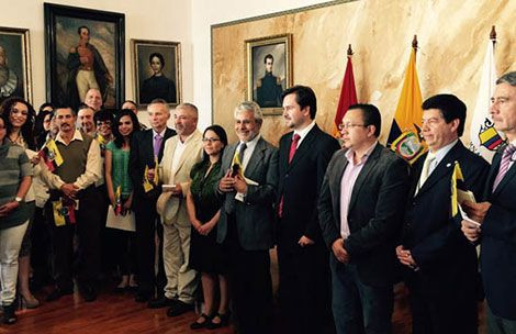 new ecuadorians.jpg