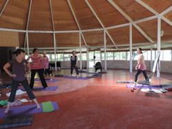 Yoga en el Kiosko