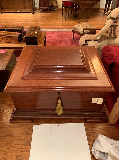 """Empress Music Box 12"""" Table Model Mahogany, & Discs"""
