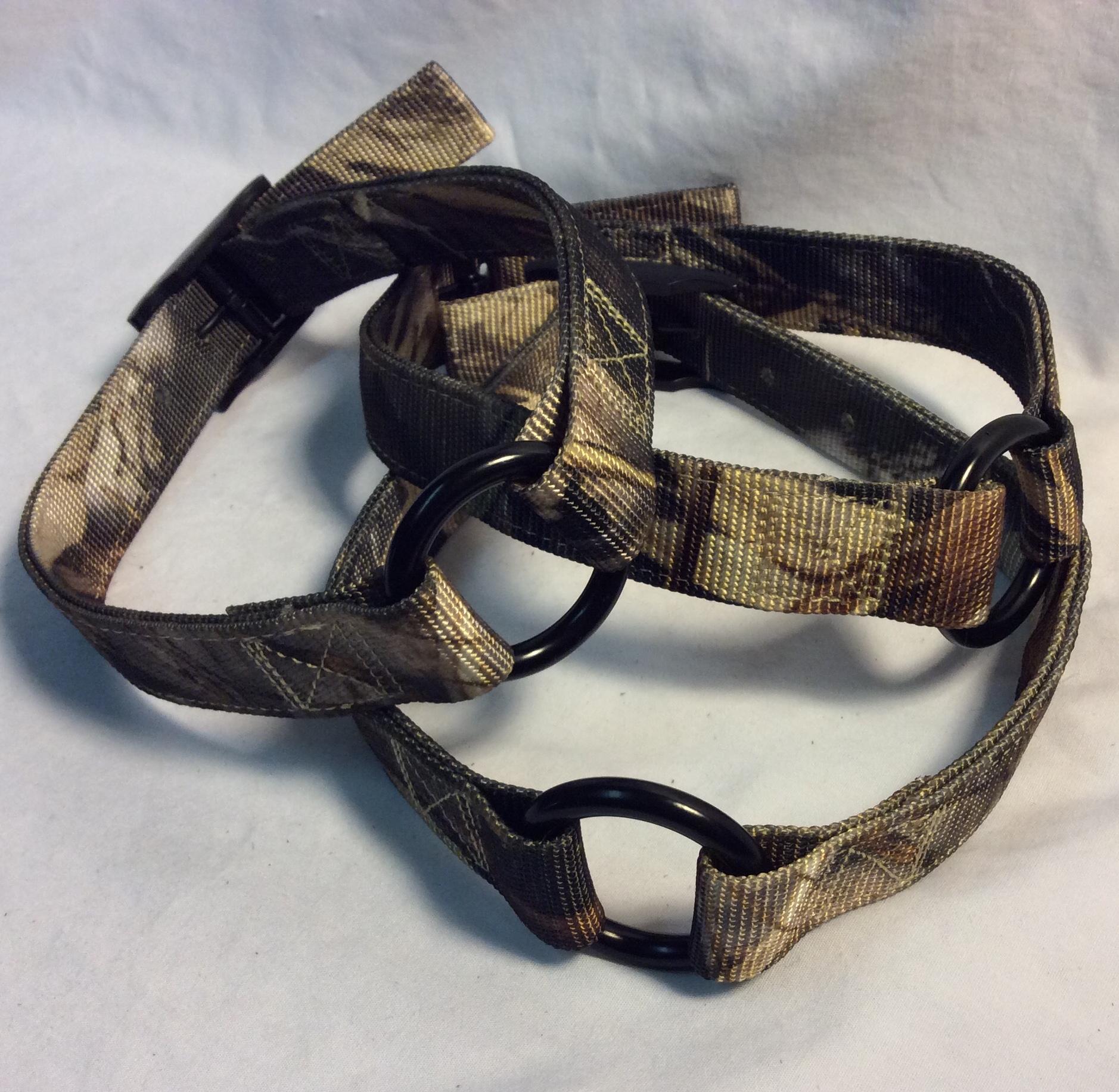 Camo nylon dog collar with metal buckle