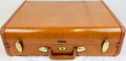 Samsonite Brown hard case with stitched detail
