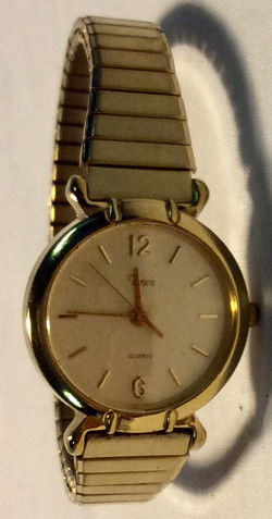 Timex Gold face, gold casing
